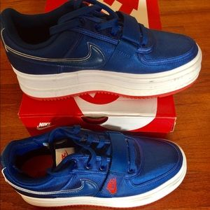 NIKE 2K Vandal a Lush satin Royal Blue/red/white